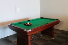 Pool table - hhostel.is